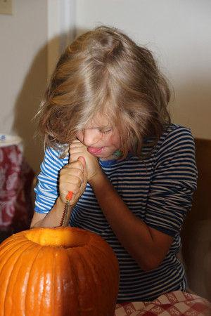 pumpkin carving 2013 4